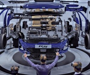 ứng dụng nhựa trong sản xuất xe hơi