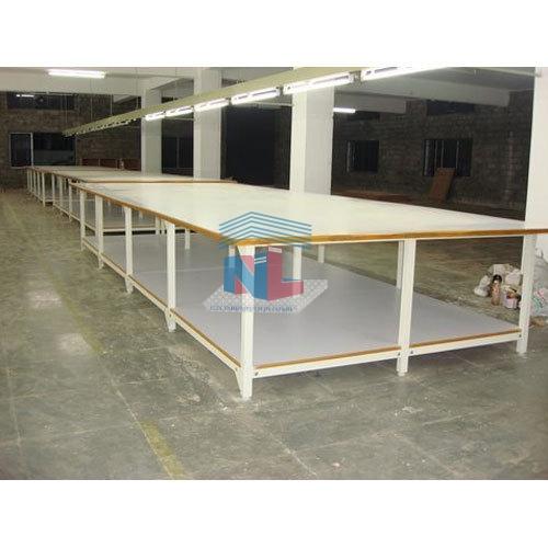 Gia công bàn cắt vải 2 tầng