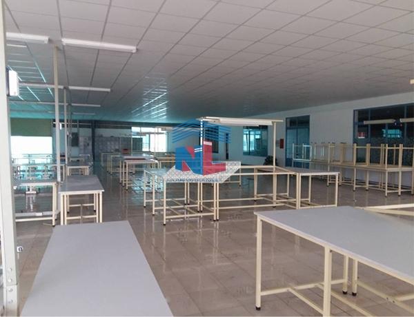 bàn may công nghiệp do công ty Nam Lâm gia công tại Bình Dương