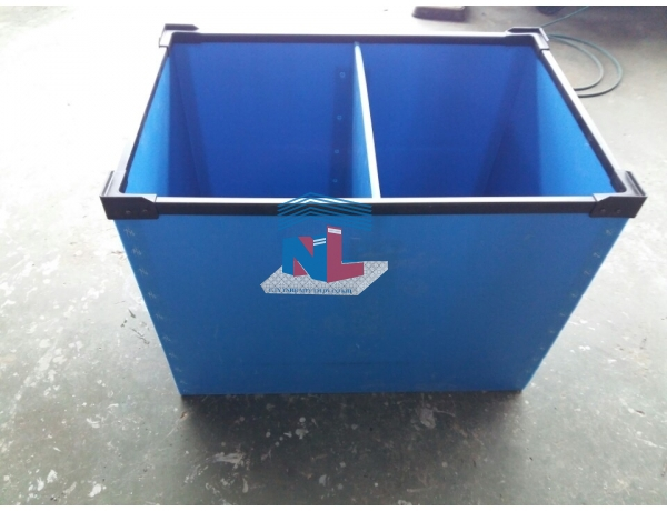thùng nhựa xe đẩy hàng hai đầu
