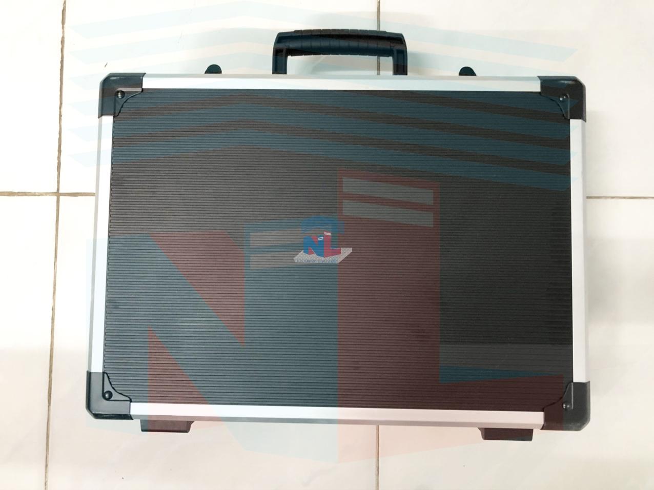 Gia công và làm vali nhựa đựng dụng cụ theo yêu cầu