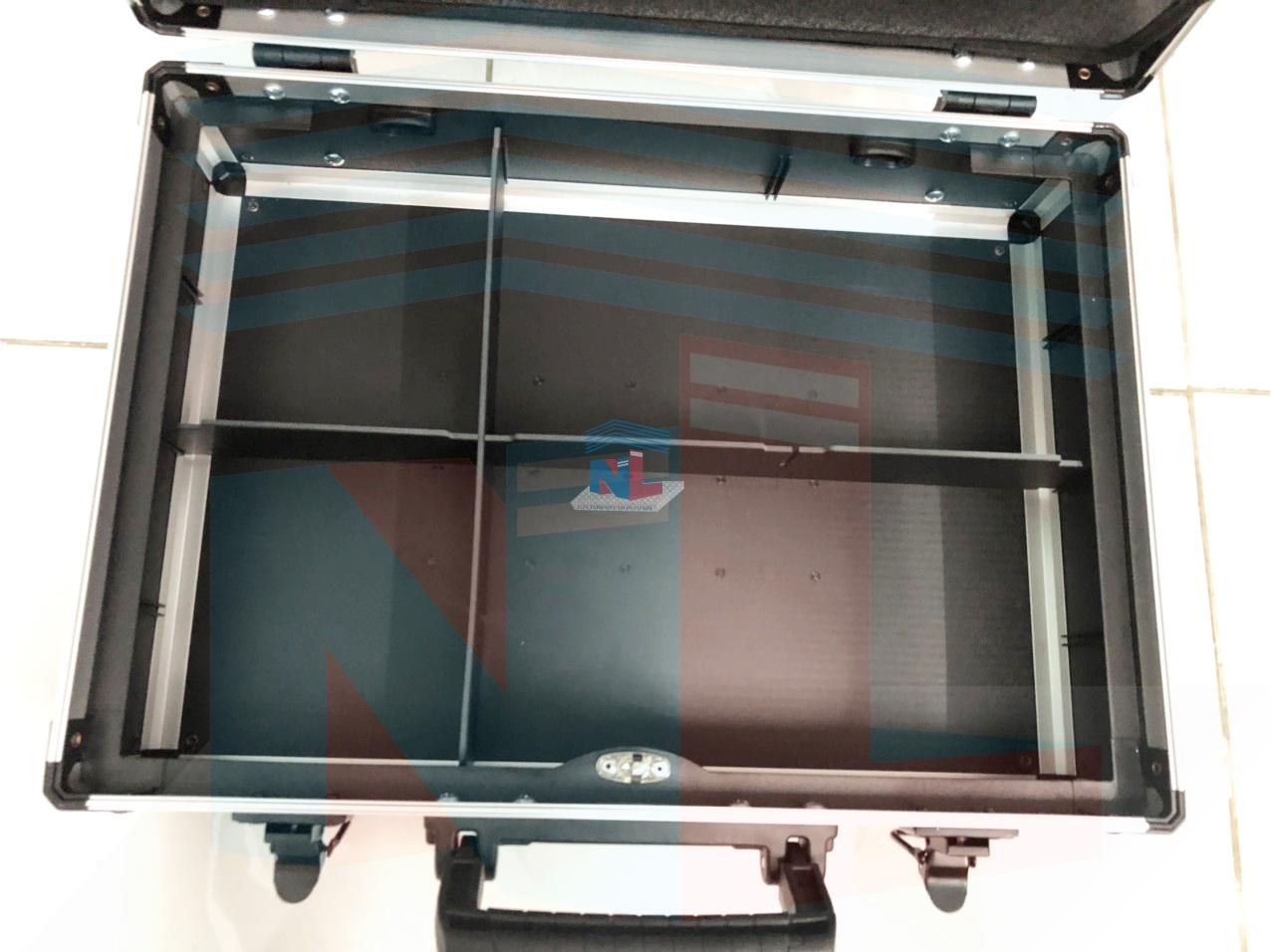 Công ty gia công sản xuất vali nhựa đựng dụng cụ