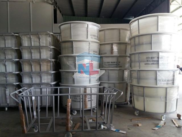 gia công thùng nhựa xe đẩy vải hình tròn
