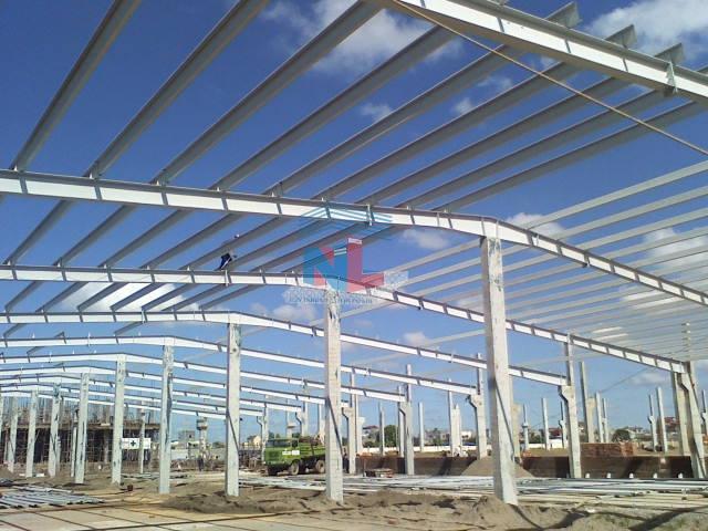 xây dựng nhà xưởng khung sắt máy tôn