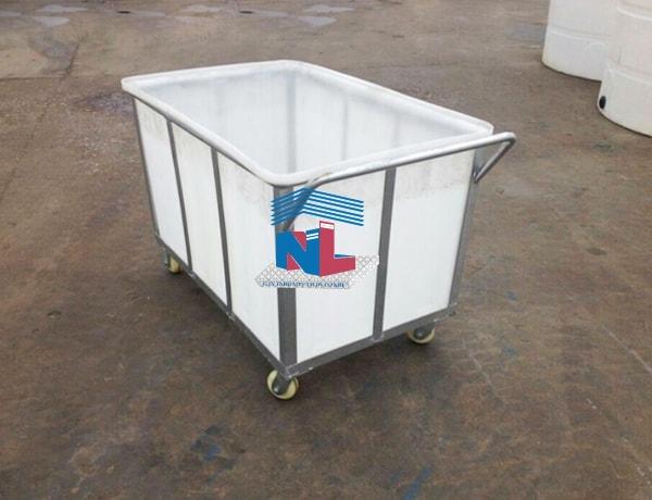 Xe đẩy vải thùng nhựa 900L